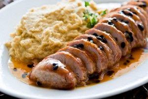 Receita Dedo de Moça:  Filé mignon de porco com molho de maracujá e purê de batata doce