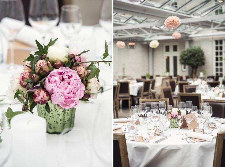 wedding, sweden, wedding photographer, swedish wedding photographer, Bröllop, Bröllopsfotograf, dinner, tables Photo: www.photodesign.nu