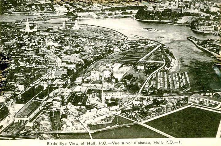 Following up on our earlier post from Lebreton Flats, here is a Bird's Eye view of Hull taken from the air over the Ottawa River, in what must be around 1920. In the foreground center is a hydro station that is still there but not used anymore (bottom centre, just below the first smokestack). To the right is a demolition zone, and then what is now the Quebec Hydro station (far right).