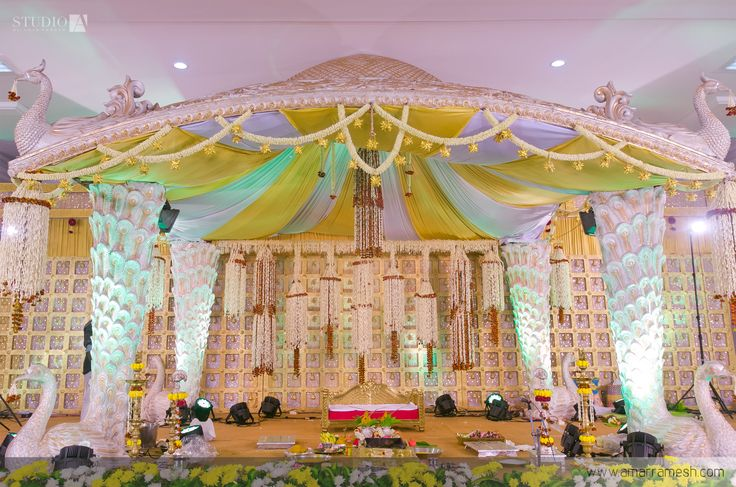 A pretty chennai wedding of a celebrity designer chennai indian a pretty chennai wedding of a celebrity designer chennai indian wedding decorations and south indian weddings junglespirit Gallery