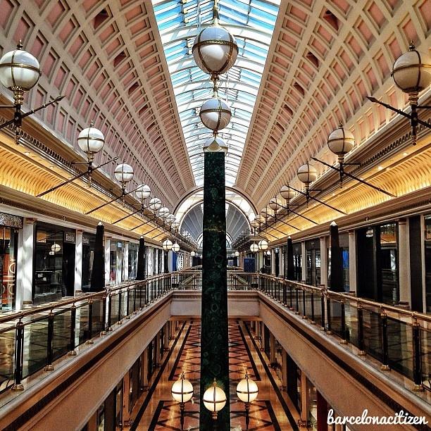 centro comercial Gran Vía 2. Photo by barcelonacitizen