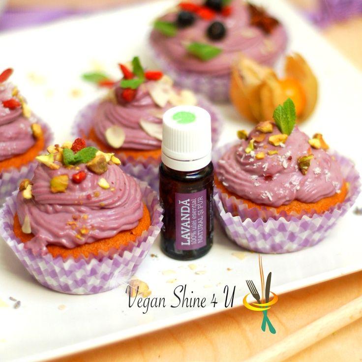 Briose delicioase cu aroma de lavanda. Comandati cu incredere produsele de lavanda aici: www.mayie.ro