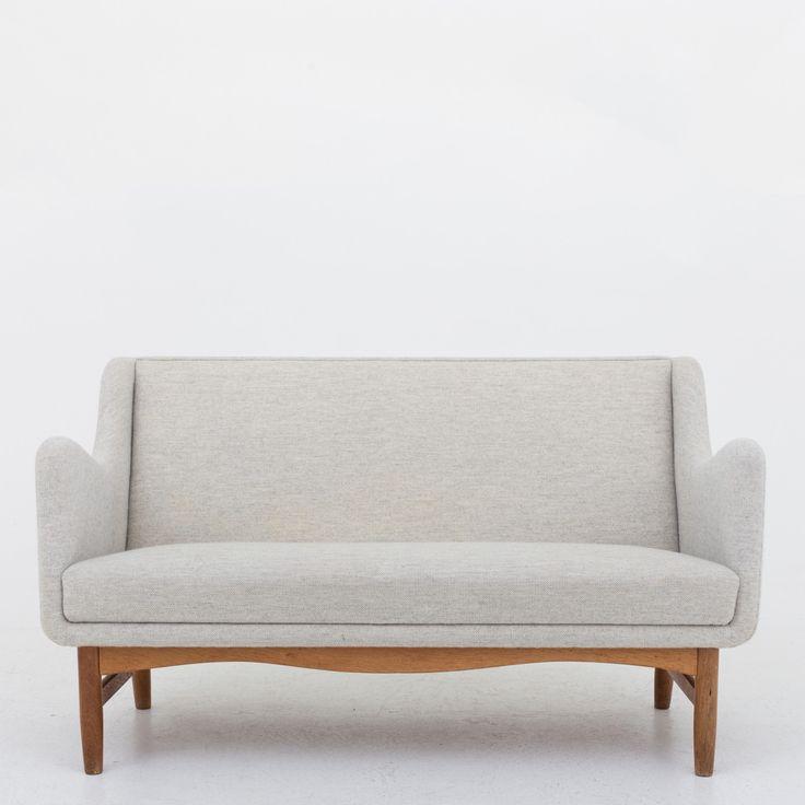 2-seater sofa in light wool