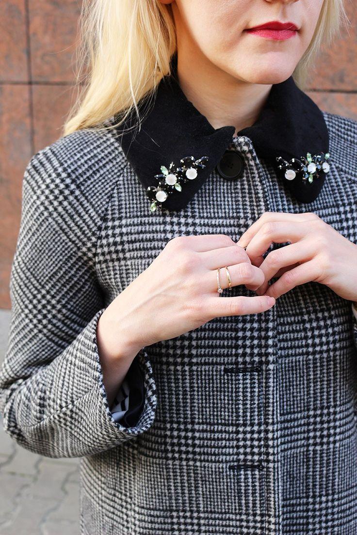 #весеннийобраз #весеннийлук #модныйобраз #стильныйобраз #модныйлук #минимализм #пальто #пальтовклетку #шелковыйплаток #тельняшка #ретростиль #ретро #мода #стиль #zaracoat #zara #moschinoscarf #moschino #retrolook #retrooutfit #style #fashion #фэшнблогер #блогомоде #модныетенденции #блондинка #блондитемныекорни #французскийстиль #frenchstyle #blondewithdarkroots #tomboy #roundcollar #круглыйворотник #wearnissage #brogue #броги #обручальноекольцо #кольйцосбриллиантом #золотыекольца