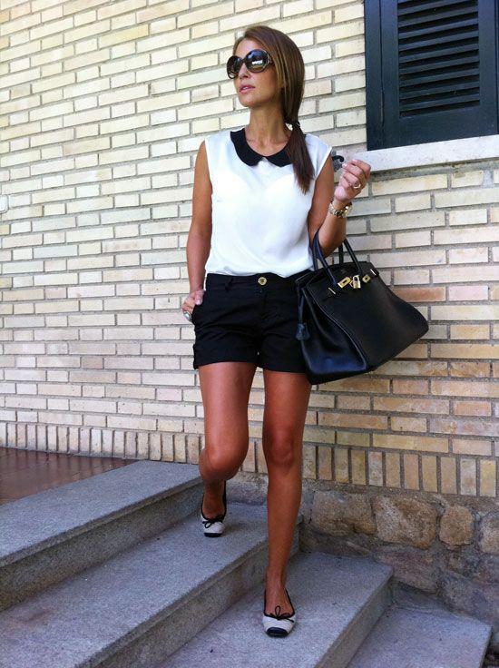 Shorts negros+Blusa blanca