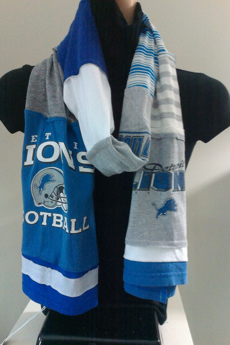 $15.00 - ITEM #DLNS03: Detroit Lions Football scarf. Measures approx.. 84 in long.