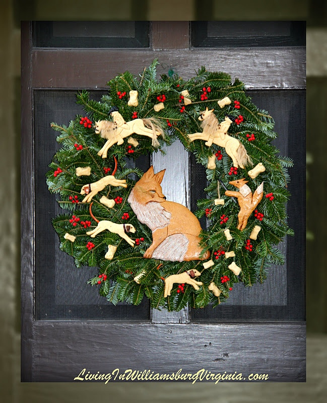 Colonial Christmas Decorations   Williamsburg, Virginia   Foxy Wreath!