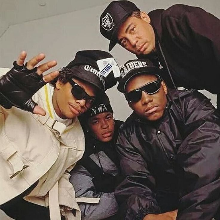 Kickin' the week off with some #NWA from @hiphop.nation #repost  #EazyE #Eazy #EricWright  #EazyDuzIt #DrDre #McRen #Ren #DjYella #NWA #Compton #CPT #HipHop #HipHopMusic #Music #Rappers #Rapper #Rap #ruthless #hiphophistory #legend