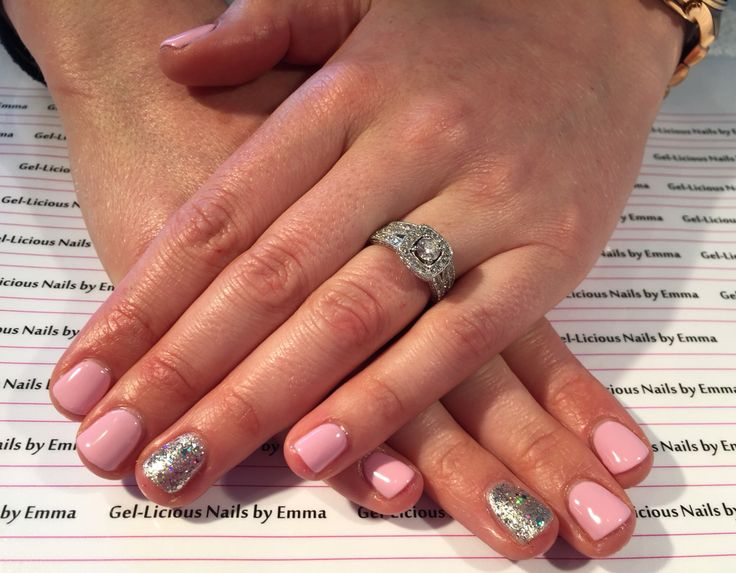 Gelish nails in 'Pink Smoothie and Am I making you Gelish'  (Gel-licious Nails by Emma)