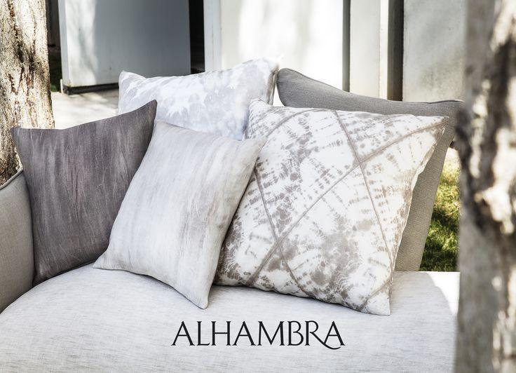 Adire collection by Alhambra - poszewki na poduszki od MK Studio - kolor szary - http://www.mkstudio.waw.pl/dekoracje/tkaniny-obiciowe/