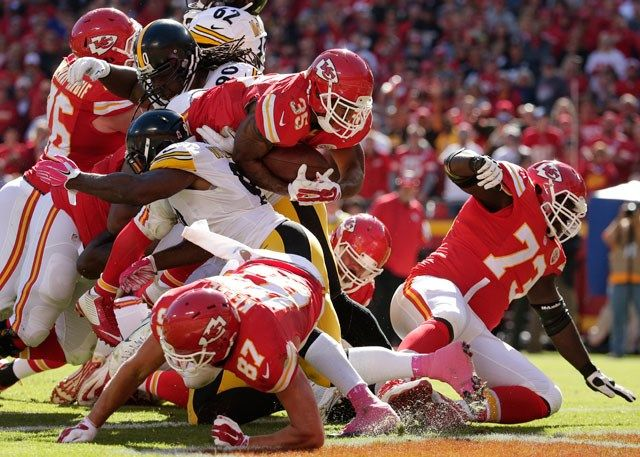 Alex Smith threw for 251 yards and a touchdown, Cairo Santos kicked three field goals and the Kansas City Chiefs beat the injury-filled Pittsburgh Steelers 23-13 on Sunday.