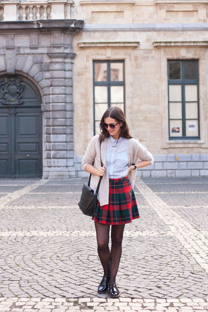 Outfit: cashmere cardigan, vintage plaid mini skirt, patent brogues