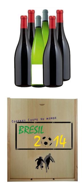 {Coupe du monde} 1 coffret cadeau bois personnalisable de 6 bouteilles composé de : - 1 bouteille de Cabernet Sauvignon (Chili) - 1 bouteille de Colinne Frentane rosé (Italie) - 1 bouteille de Chardonnay blanc (USA)  - 1 bouteille de Catalunya (Espagne)  - 1 bouteille de Chianti (Italie)  - 1 bouteille de Bordeaux Supérieur (France)  http://www.mabouteille.fr/fete-des-peres-coffret-coupe-monde-bouteilles-p-462.html