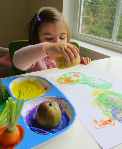Good busy time activity for the next time I make veggie soup! // Vegetable printing