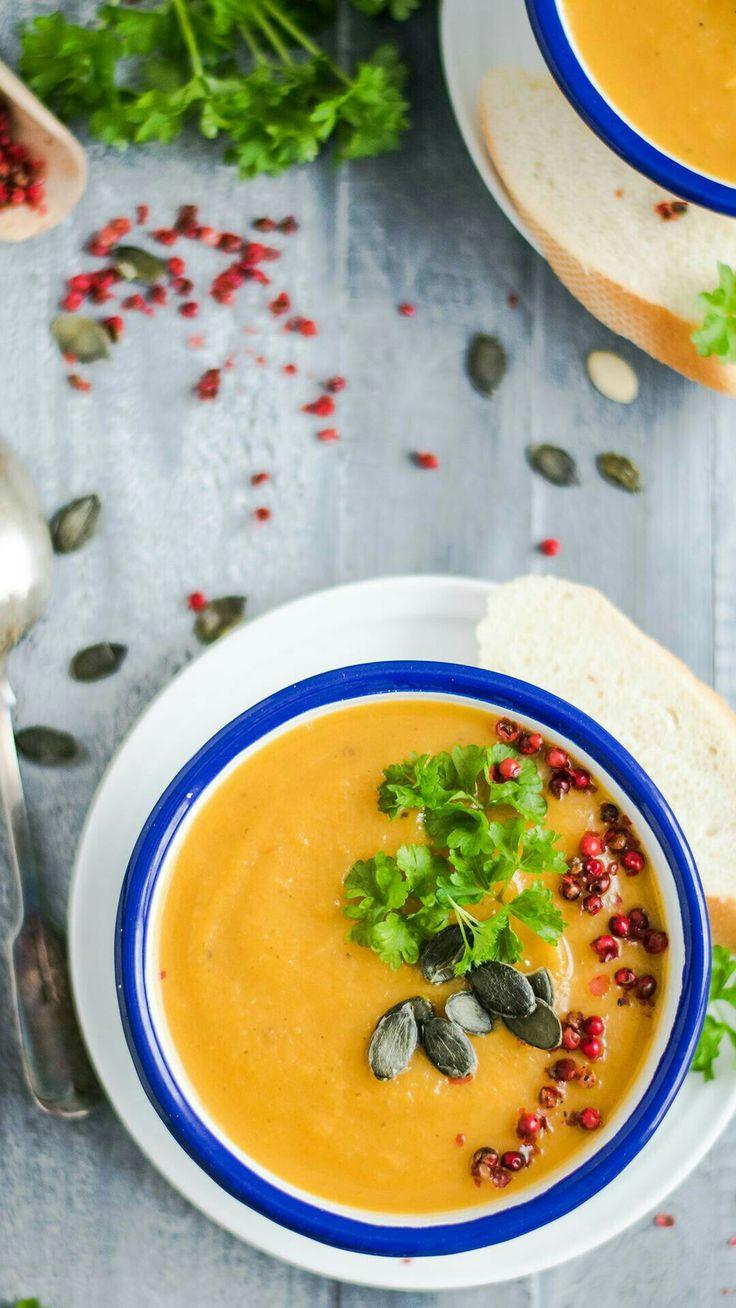 Polievka food na obed  Zdravé a výživné