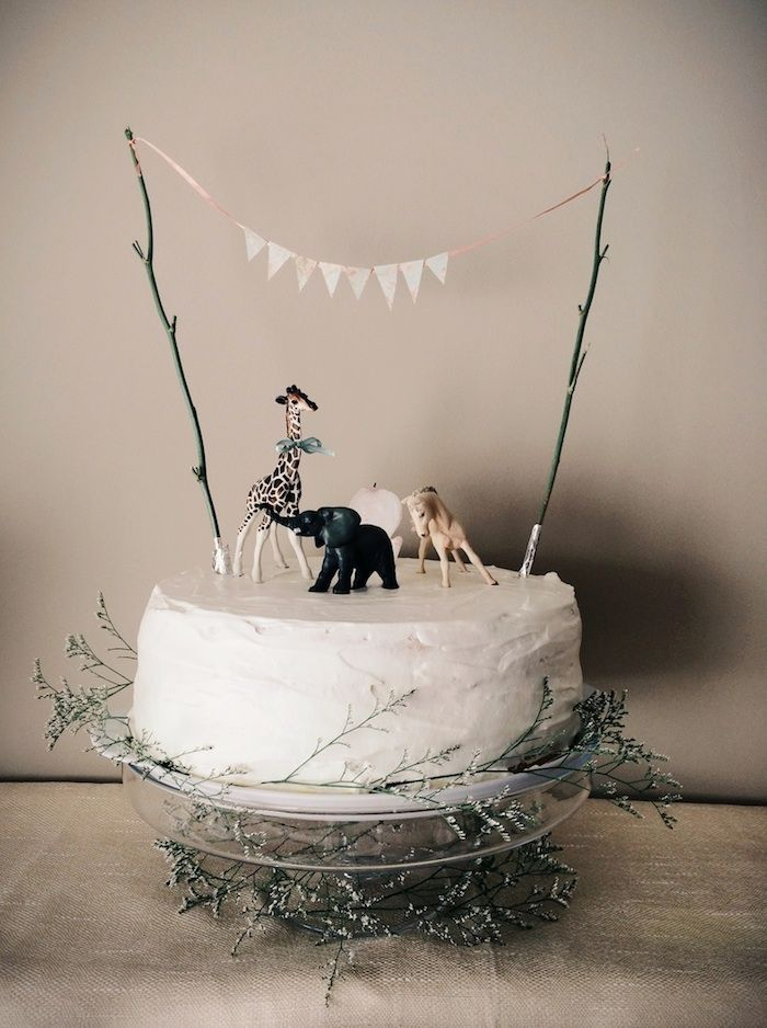 The 25 best Animal birthday cakes ideas on Pinterest Birthday