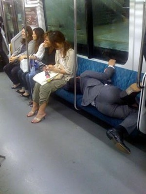 電車内はもう一つの夢の国 電車内の奇跡 - NAVER まとめ