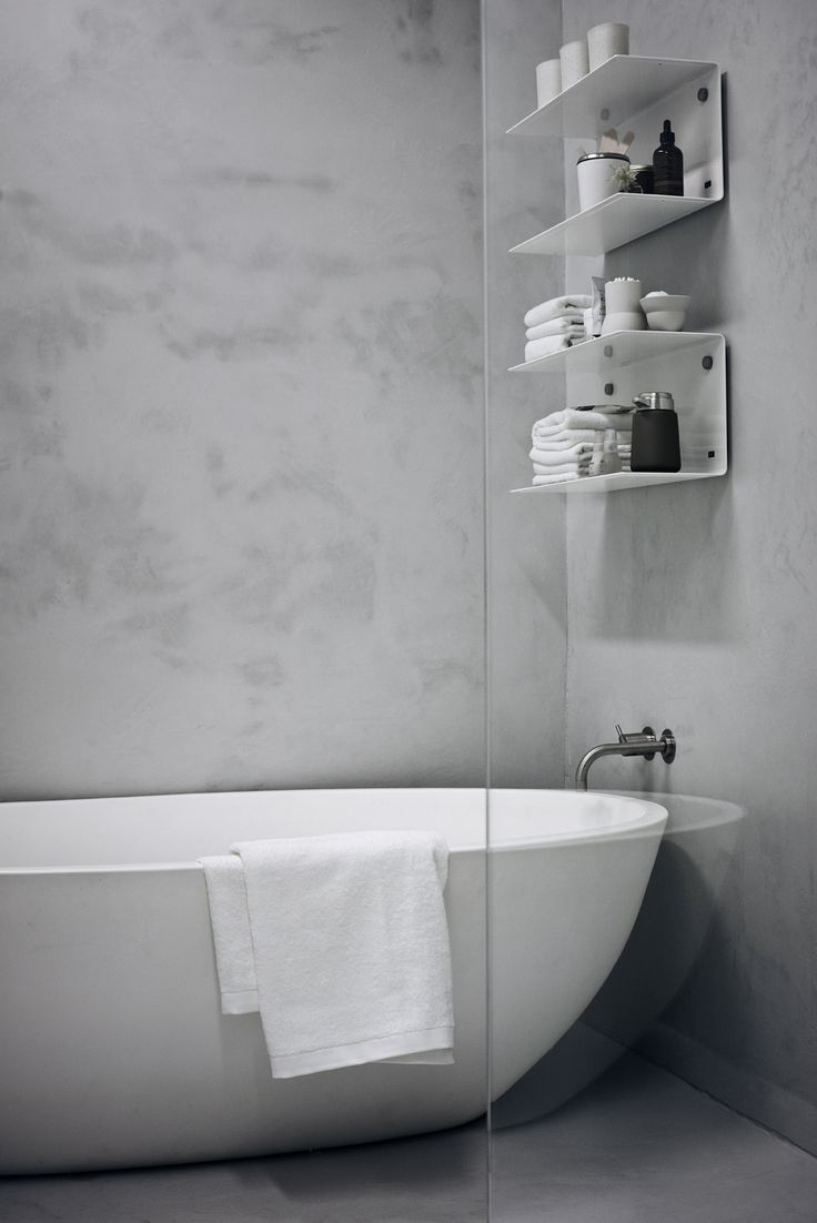 Bathroom inspiration. White shelving and towels from Vipp