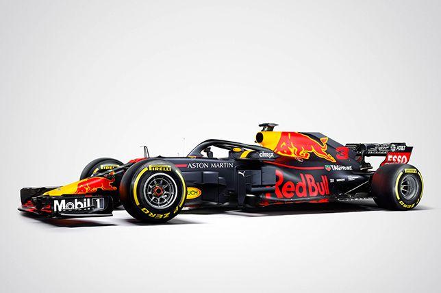 Red Bull Racing показала машину в гоночной расцветке