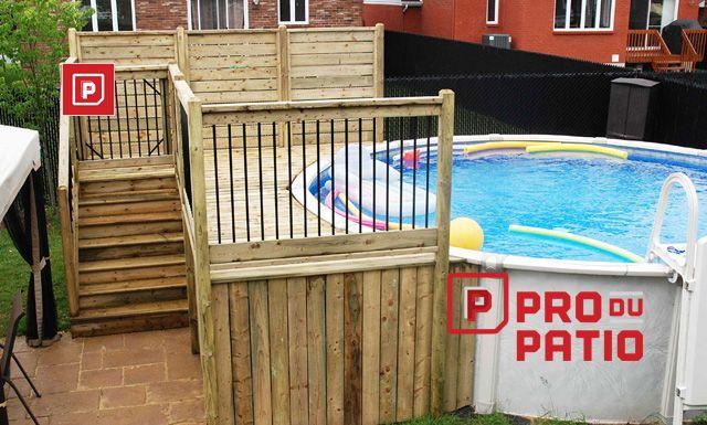 Patio et deck de piscine en bois traite