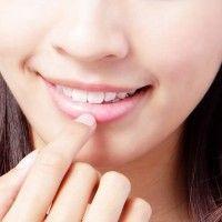 Rimedi per labbra secche e screpolate - Specchio e dintorni