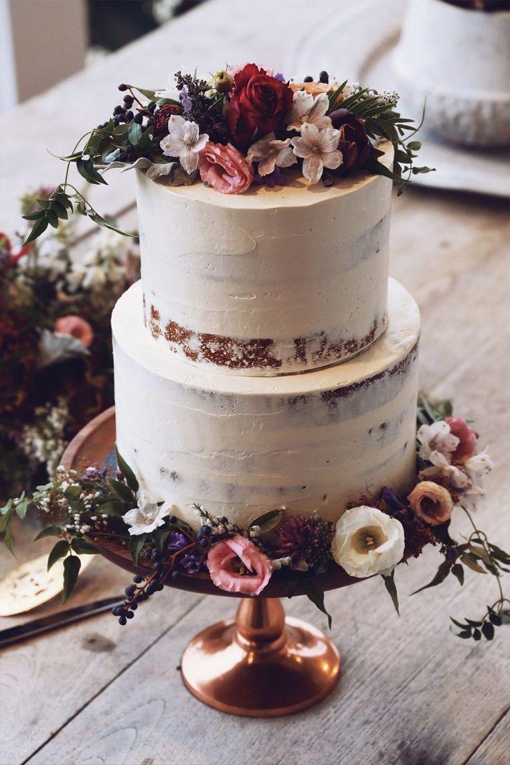 Hochzeitstorte Vintage Boho Hochzeit. Hochzeitstorte mit echten Blumen …   – Hochzeit Planung und Ideen