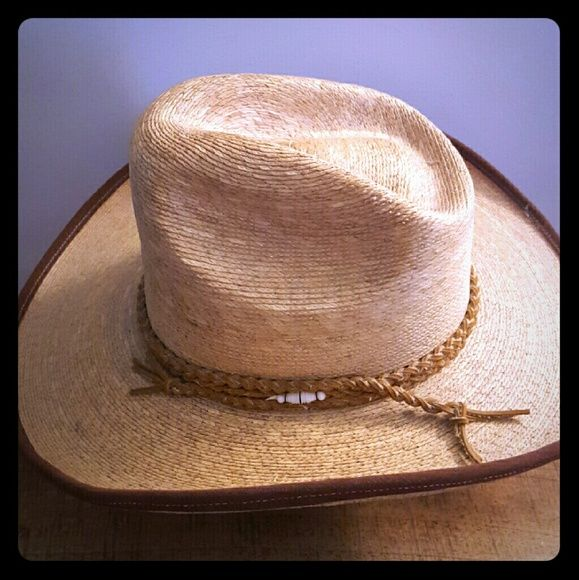 Vintage Fidepal Mexican Cowboy Hats Vintage Legitmo Sahuayo de Palma Talla.  Perfect pre-owned condition.  30.00 OBO No low balls. This hat is in perfect condition. Accessories Hats
