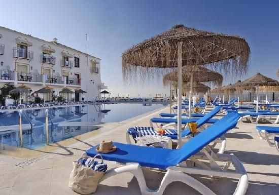 http://www.yellowspainholidays.co.uk/spain-late-deals-spain-deals-late-deal-holidays-to-spain.html deals to spain