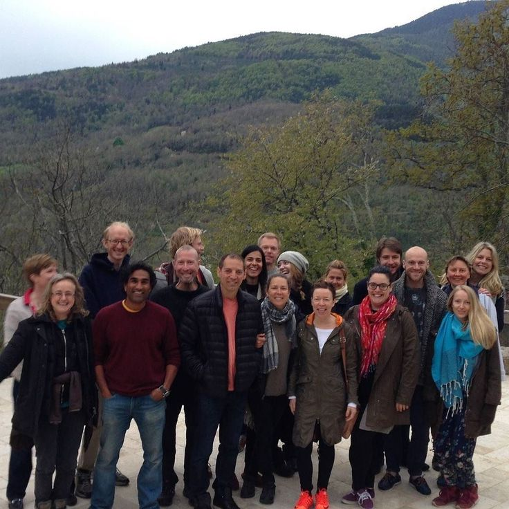 A week of internal and external energy work through yoga chi kung and meditation. The Internal Alchemy Retreat folk at Dhamma Vihara in France #happiness #yoga #chi kung #meditation #meditationretreat #retreatcentre #dhamma #burgs #awakening #liberation #enlightenment