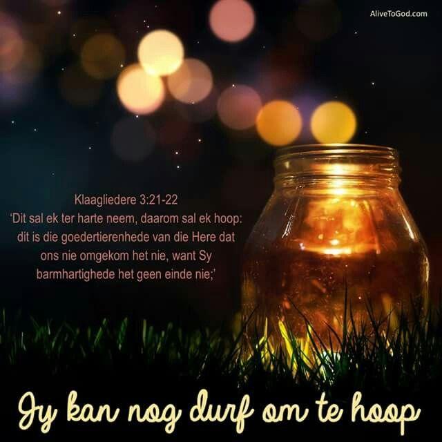 Klaagliedere 3:21-22