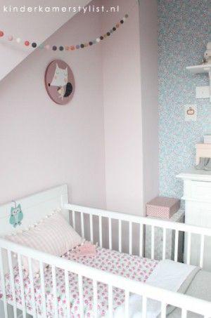 babykamer mint en roze -