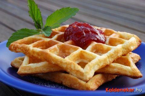 http://www.kaldeneker.hu/receptjeim/desszertek/ropogos-gofri-itt-az-etalon-recept.html