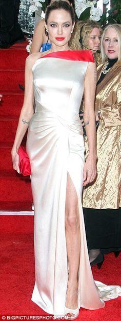Vestito bianco angelina jolie no makeup