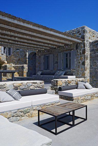 Summer House II, Serifos