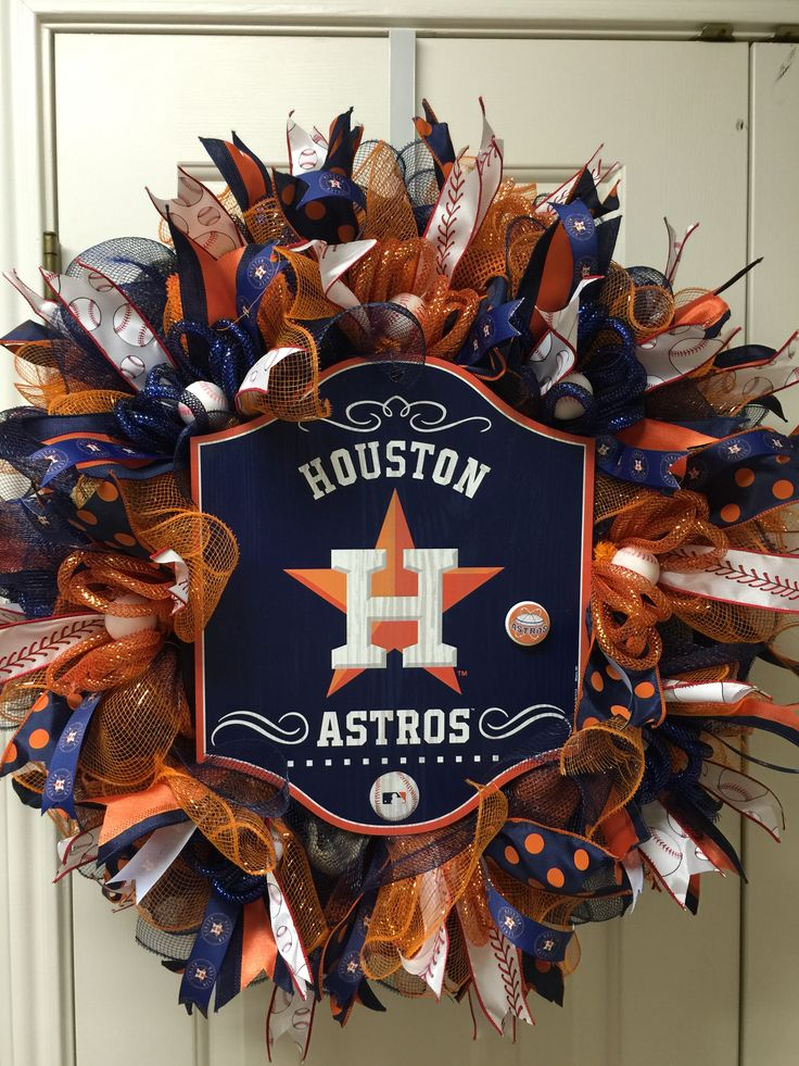 Houston Astros wreath by Twentycoats Wreath Creations