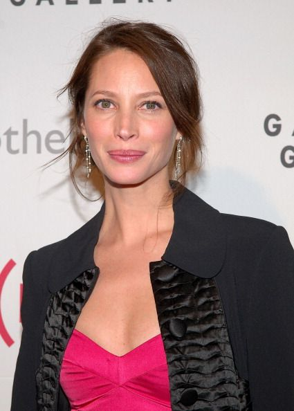 Model Christy Turlington attends the Auction On Valentine's Day to Benefit AIDS in Africa hosted by and at Sotheby's on February 14 2008