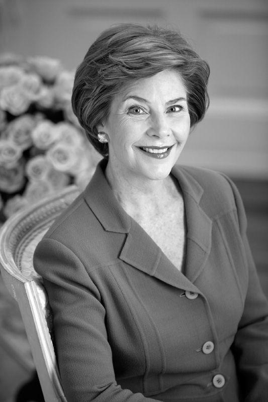 Laura Welch Bush - First Lady 2001-2009: Presidents Bush, Laura Bush, Laura Welch, Presidents Families, Dear Presidents, Lady Laura, George Bush, Presidents George, Lady 2001 2009
