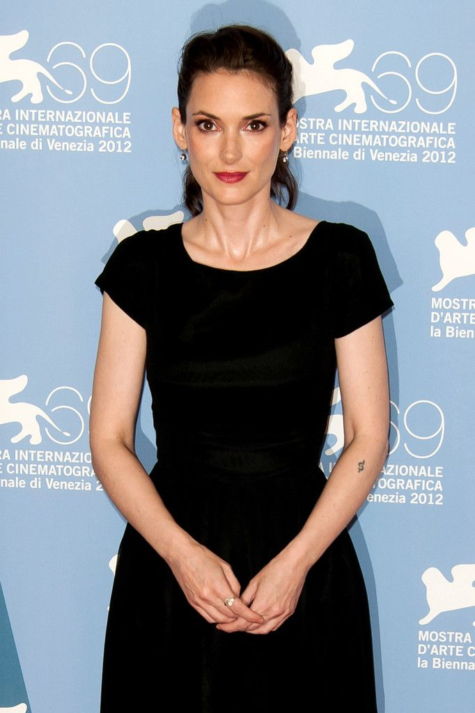 Has Winona Ryder ever been nude? - Nudography.com