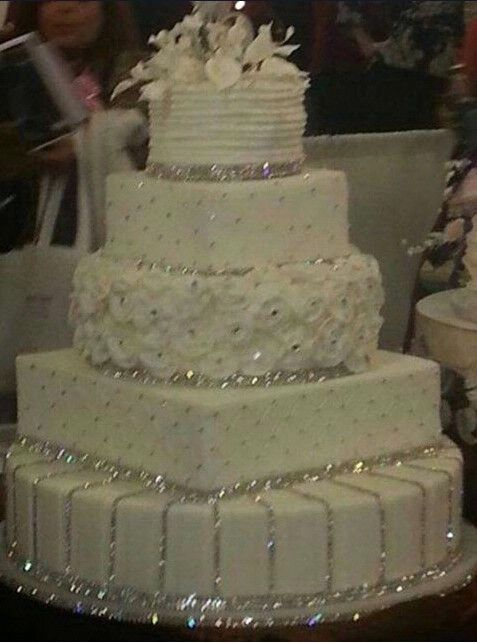 Wedding Cake - WBC choose your favorite bling cake ...