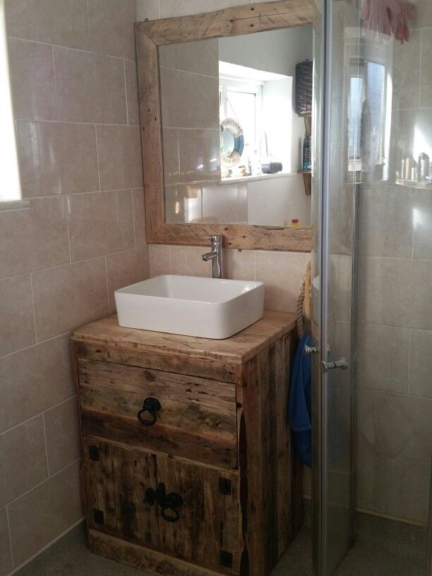 Vanity unit made from pallet boards and scaffold boards for Bathroom ideas made from pallets