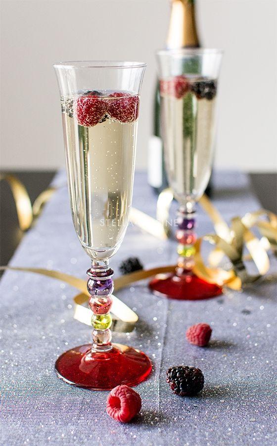 Cocktail : Champagne aux fruits rouges et sirop d'orgeat