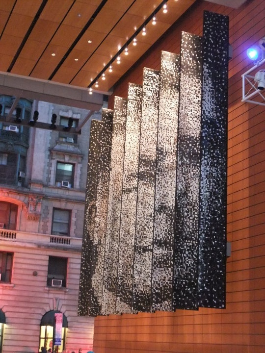 Sequin Sign... Idea, glitter art  Para títulos das exposições