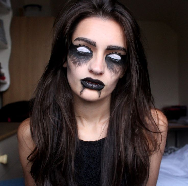 Peexo - Fashion and Personal Style Blog: Halloween Ideas: Ghostly Makeup