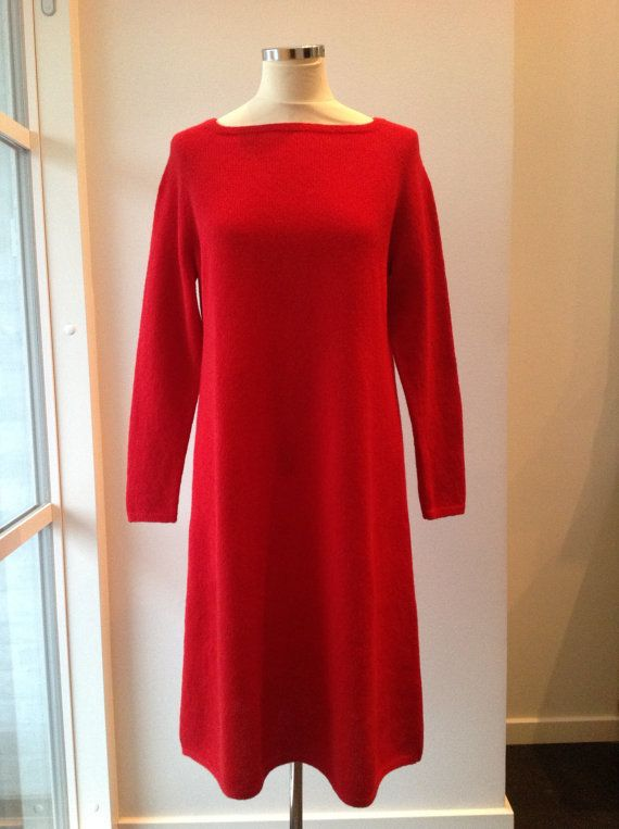 Red woolen dress  with long raglan sleeves size 38-40 by Made4Umnn