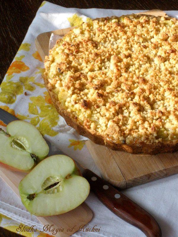 Jabłkowa tarta z orzechami włoskimi