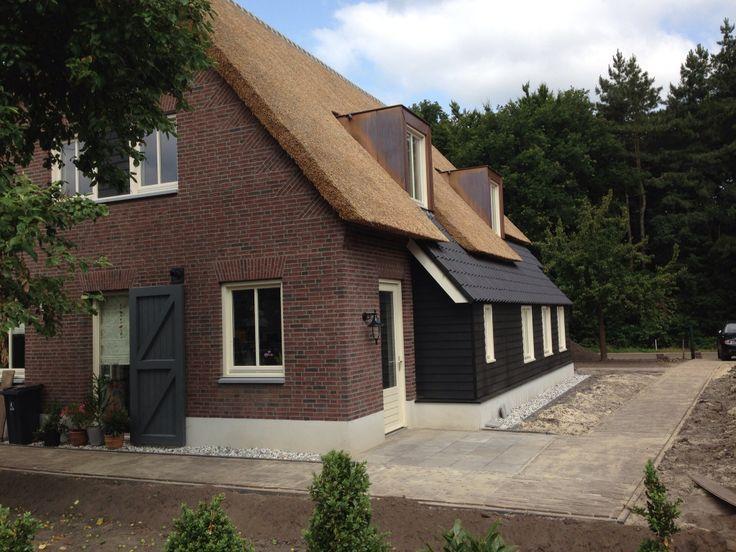 Meer dan 1000 idee n over rustiek huis exterieur op pinterest rustieke huizen berghut en - Exterieur ingang eigentijds huis ...