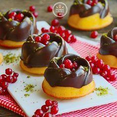 Nefis mi nefis çikolatalı ve mandalinalı kekler.