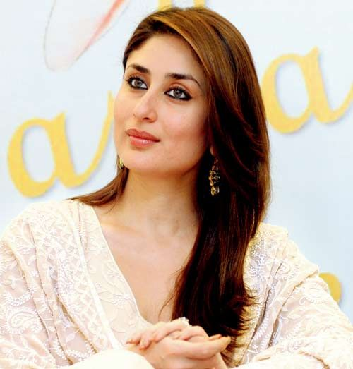 #truelymarry wishes  Kareen Kapoor turns 33 years... Join with us to wishing most gorgeous actress in Bollywood...  Which movie of kareena you like most..? 1. satyaghrah 2. Golmaal 3. 3 Idiots 4. Heroine  Post quick ....:)