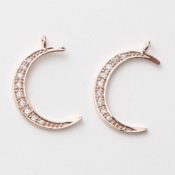 Tarnish Resistant Rose Gold Plated over Brass  - Material: Brass, Cubic Zircornia  - Dimension: 15mm x 23.5mm / 1g  - Pkg: 2pcs    * The first 4