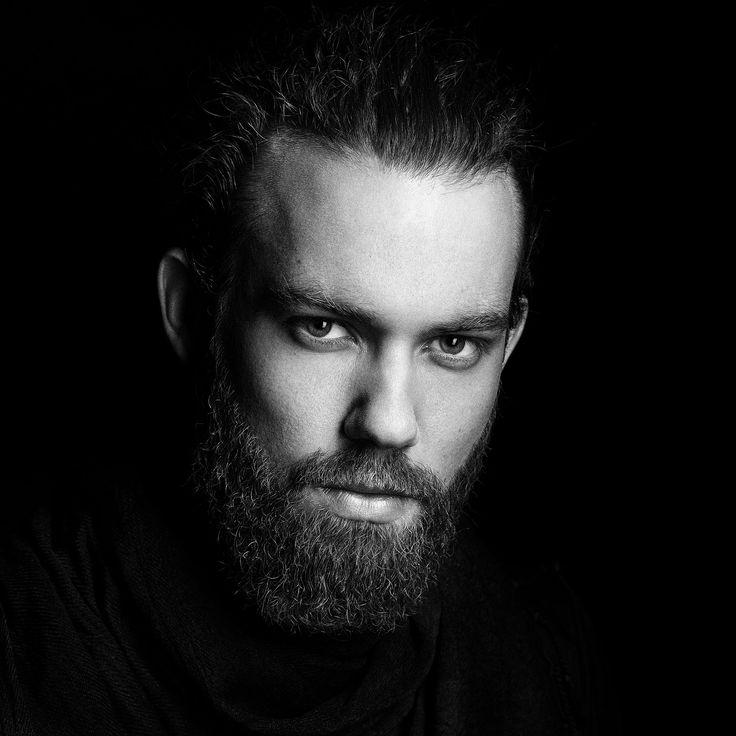 SW Portrait Mann mit Bart © Lars Ternes